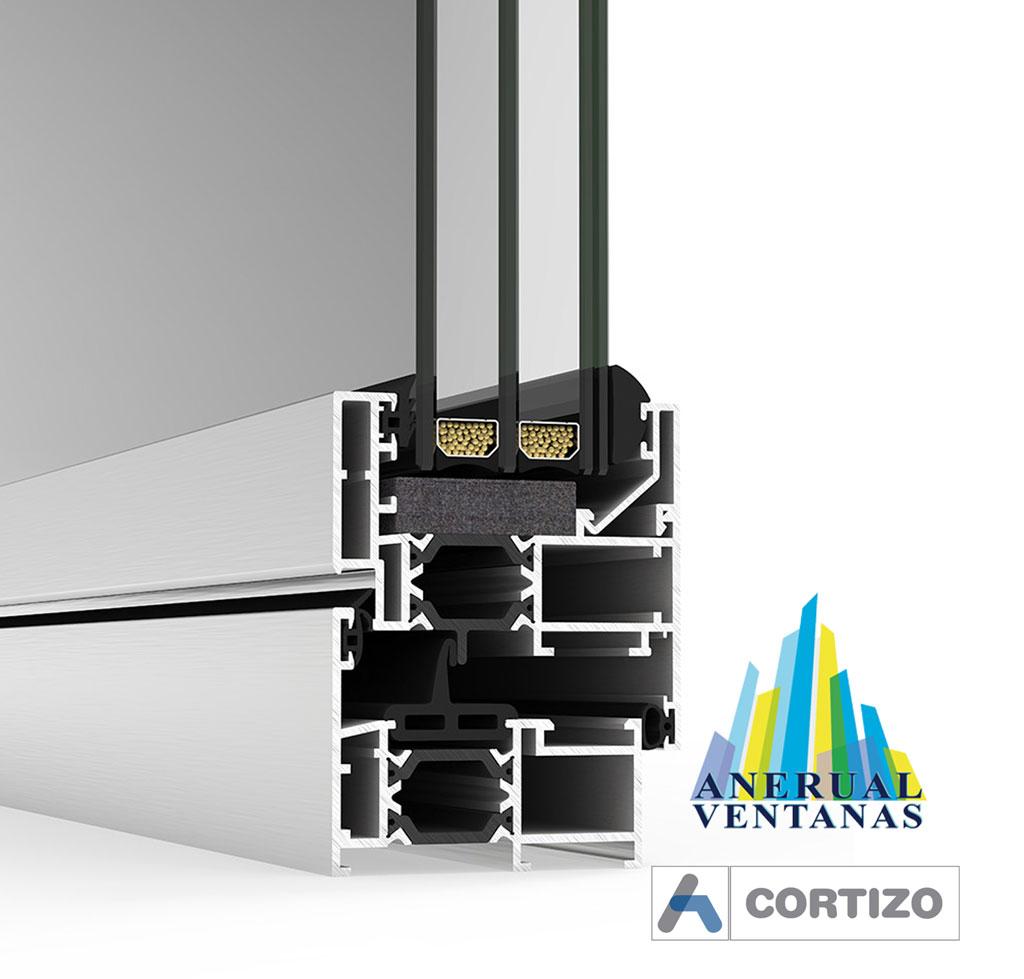 Ventana de aluminio Cor 60 con Rotura de Puente Térmico de Cortizo